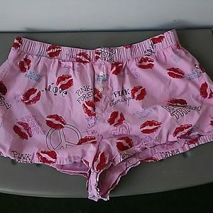 VS PINK(Valentine's Day) sleep shorts! Cute💝